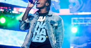 lecrae wins bet awards