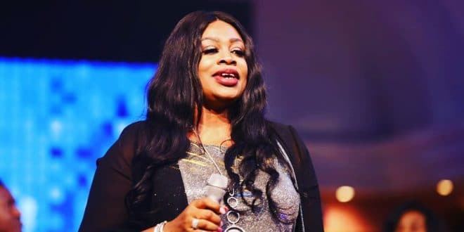 Sinach-ministers-at-Lakewood-Church-USA-worshippersgh